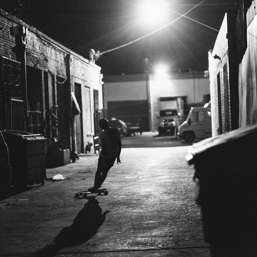 #LoadedAmbassador @ari_shark grooving to the rhythms of the twilight among the expansive decay of DTLA.  Photo: @christianrosillo  #LoadedBoards #Icarus #TheIcarus #LoadedIcarus #Orangatang #LoadedRelease