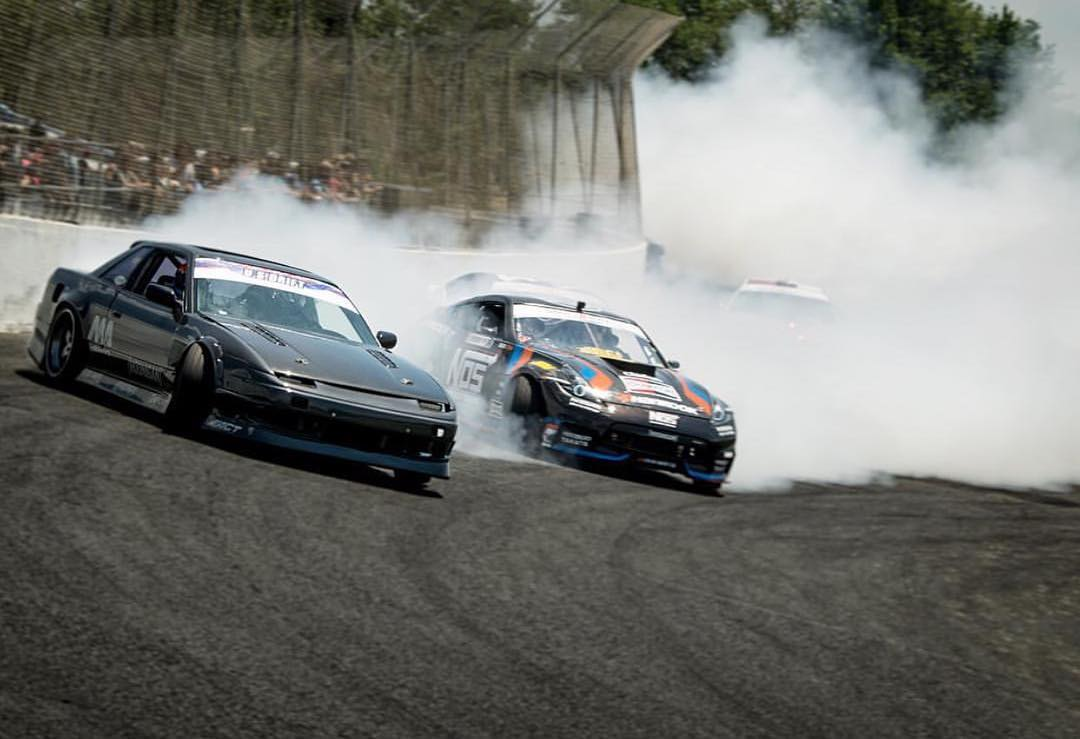 Pros and bros, @chrisforsberg64 in his 1000hp comp 370z chasing down @dylanhughes129 in his LS3 powered s13! @clubloose #probrodown