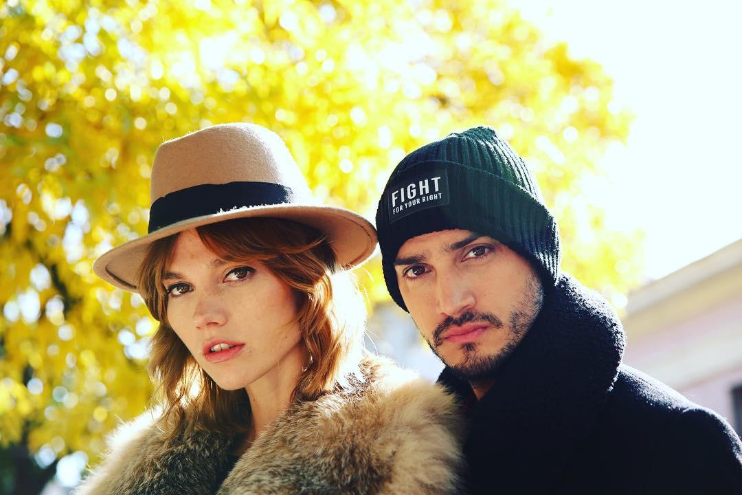Pueden ser más lindos @abrilsosacb y @florchiaramoni para @fightforyourrightok por @manigatto