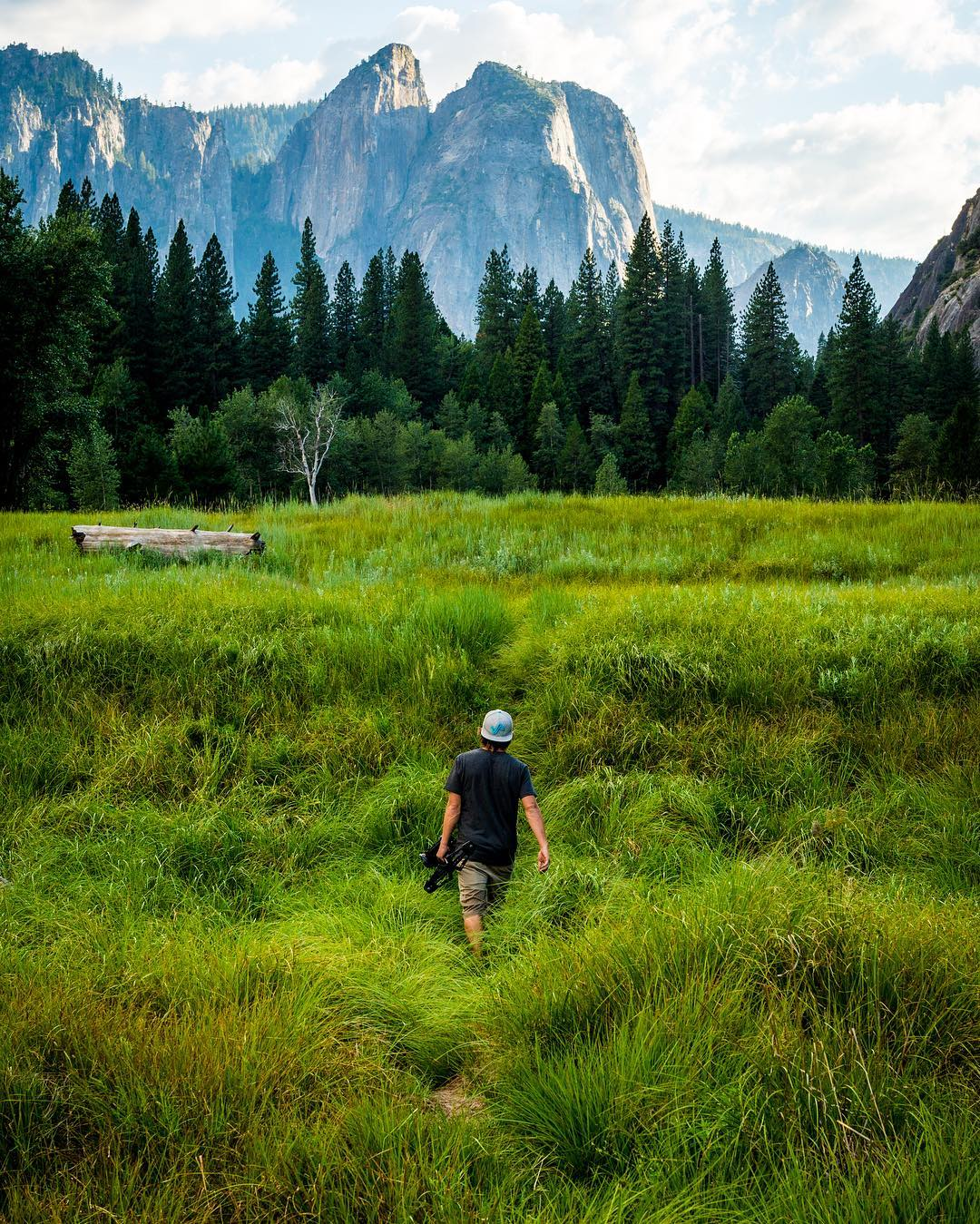 A throwback to @kylormelton in the great outdoors of Yosemite