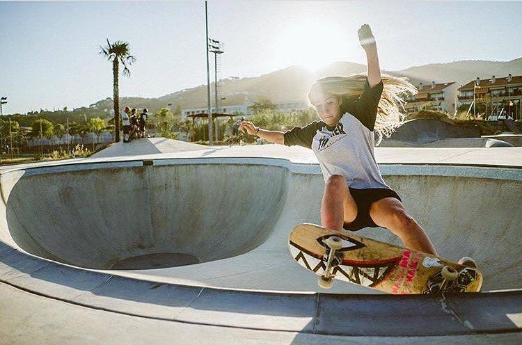 We love this shot of @cristinamandarinaa by @martagdiaz. Beauty & radness.  #longboardgirlscrew #womensupportingwomen #skatelikeagirl #mandarinwalls #cristinamandarina #martaguillen #radness