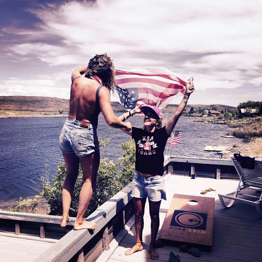 Idaho Lake life, #phgb cornhole, and a little American pride was all Lexi and Emily Dupont needed to enjoy a perfect 4th of July weekend.  Happy 4th to our followers!