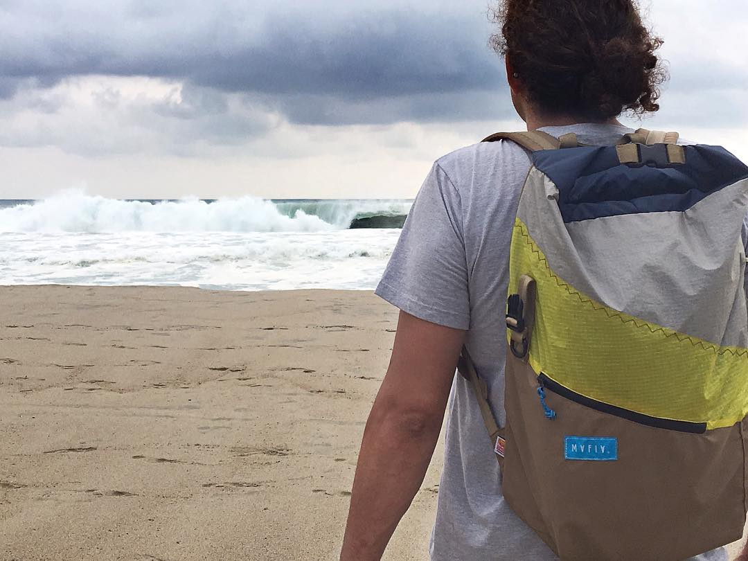 Well, we did it again // We followed @pedrobalaphotography through airports, got wet, went back to the shore and enjoyed amazing food. This is #PuertoEscondido.  #tourpack #backpack #surfing #xxl #mexico