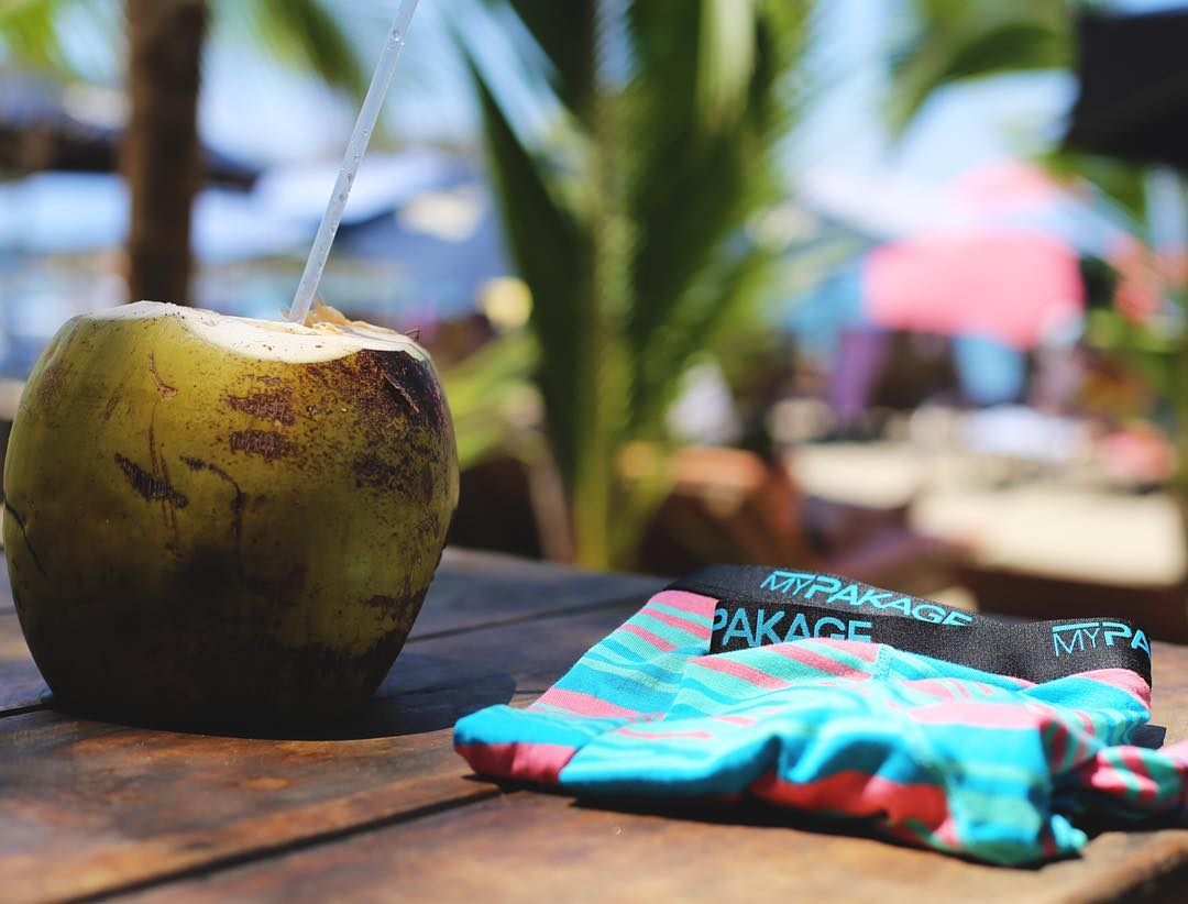 Do you like piña coladas and getting caught in the rain? Well you might be able to enjoy that in Costa Rica with @beachtravellers if you enter our #permissiontoplay photo contest! Next winner announced tomorrow #getoutthere