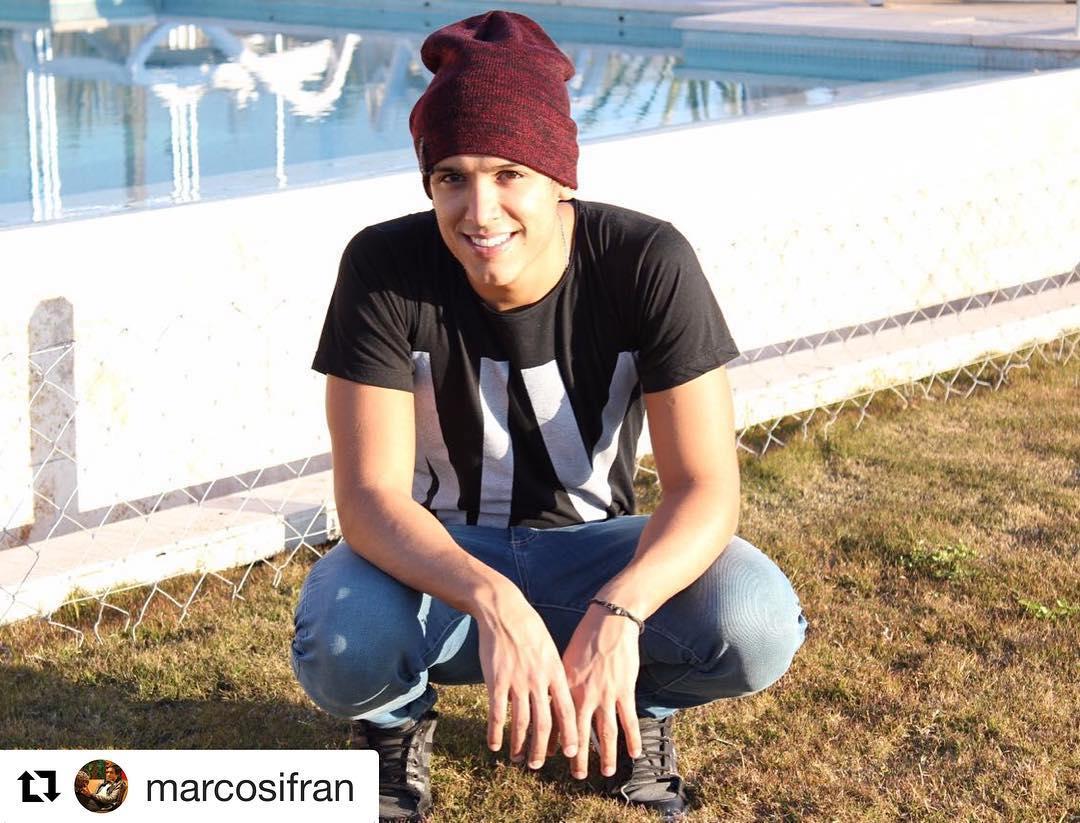 @marcosifran de @marama_oficial con gorra @fightforyourrightok encarando el invierno con toda la onda! #actitudfight