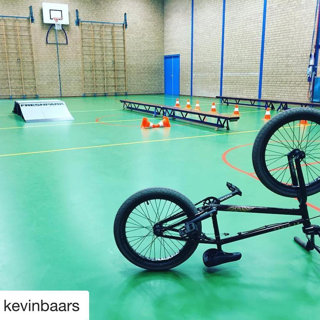 "#Repost @kevinbaars  Another fun project for today, BMX lessons for a school in "" Deventer "" #bmx #ridetwentyprojects #lessons #clinics #gtbikes #vans #protec #ridetwentyapparel #freshpark"