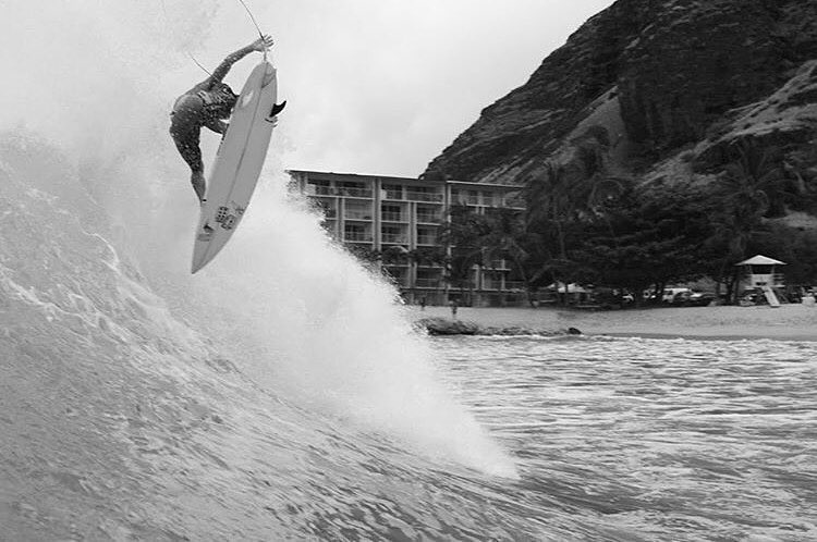 Team Rider @sheldoggydoor showing us how to get over humpday. | Photo: @cory_ida #inspiredboardshorts