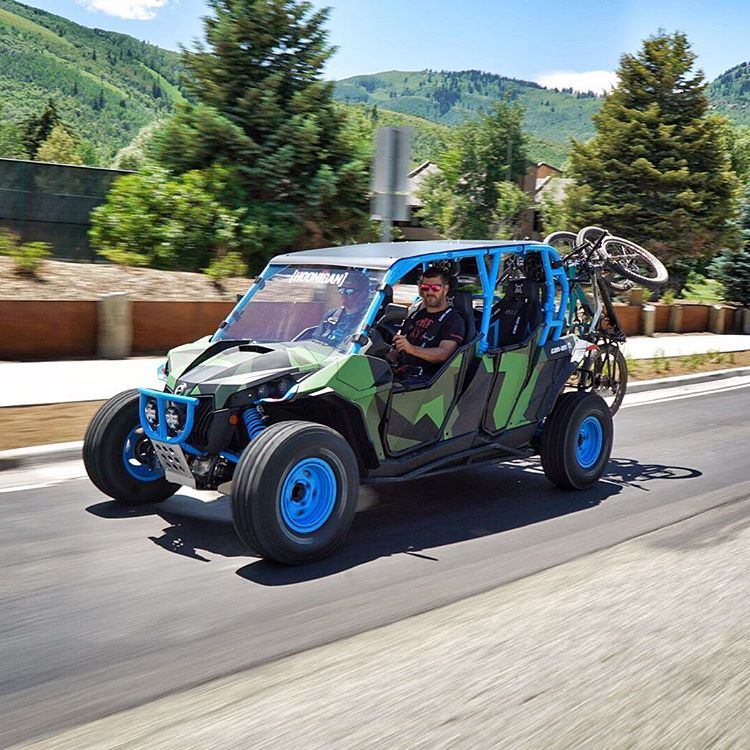 Rolling through town on our way to grab some lunch yesterday after 14+ miles on top of Park City's gorgeous mountains on the Crest Trail. Perfect way to wrap up a very fun ride. #bikeshuttle #CanAm_by_KenBlock #MaverickXRS #ParkCity