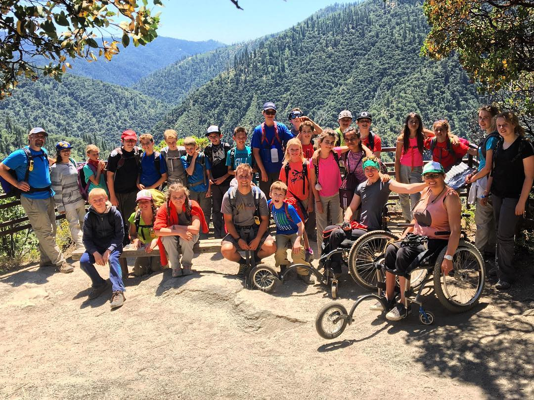 @gomovemountains, #HighFivesAthlete @fiddycent, Marina from #AchieveTahoe, and twenty-five 6th and 7th-grade students from @laketahoeschool all pushed themselves to accomplish a great feat, the vista of Feather Falls! High Five!!