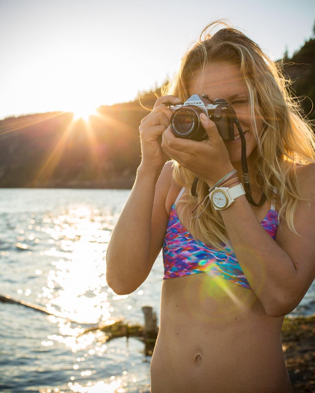 #tbt Golden hour Hood River 2014 with @colleenjcarroll . Pic: @lance_koudele #sensidawn