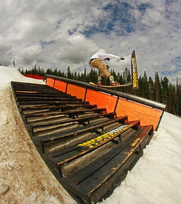 Switch press game strong with Jason ( @freshchowda ) from last week's SG Takeover session at @woodwardcopper