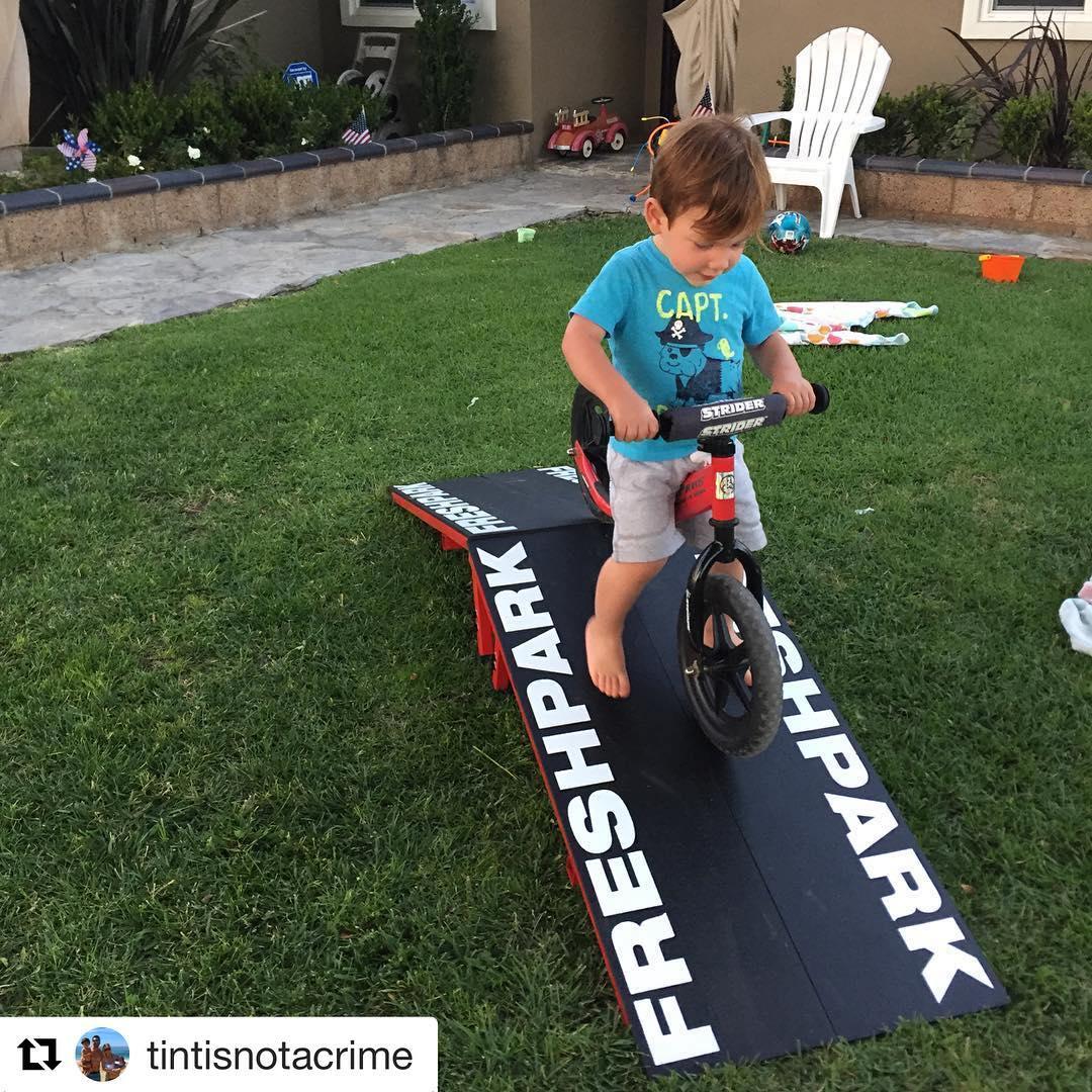 #Repost @tintisnotacrime  Thanks @photosbyhickey, even my 1 year old loves the new @freshpark ramps!! #JudeTheTank #ttpJude #strider #1yearold #bmx #moto #dadlife #blessed #freshpark #ramp #huntingtonbeach #strideon #striderbikes