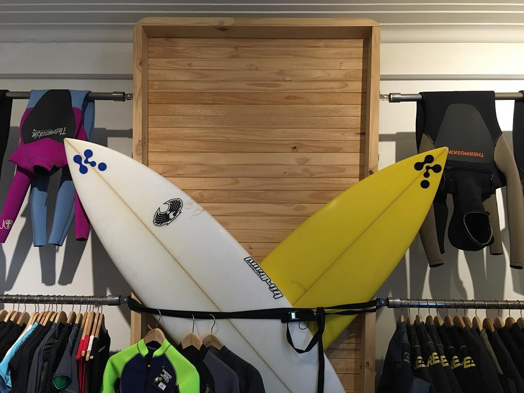 Third World Genuine Products --> SHOWROOM: Melo 822 (Vicente Lopez). #surf #surfing #thermoskin #wetsuits #lifestyle #actionsports