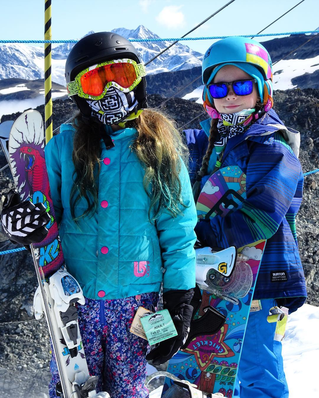 Kaia and Capri Achenbach ready to rip in the summer sun at @campofchampions. Our Mesh Shields were originally developed to protect your face from the scorching heat and sun up on the glacier, and they work perfectly! #avalon7 #liveactivated...