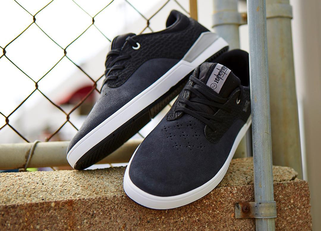 The @mikeytaylor 2 with  Drop-In UNILITE & SUPER SUEDE is available now in Charcoal/Black at your local skate shop and dcshoes.com. #dcshoes