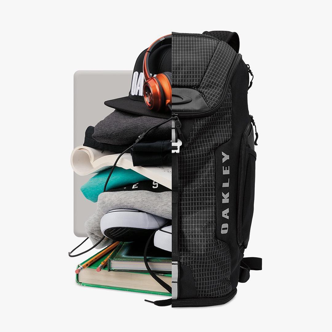 Pack it up. Pack it in.  Fit it in the Link Backpack.