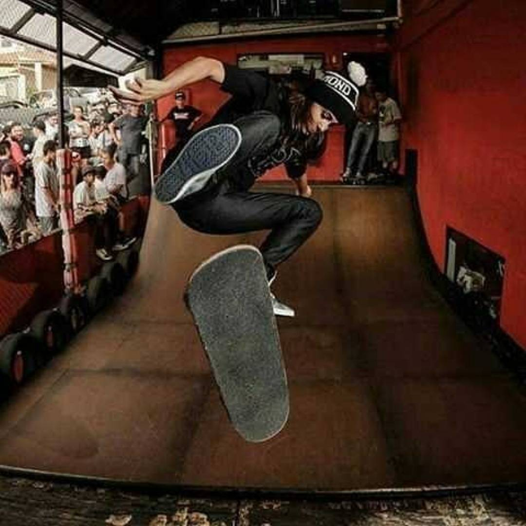 @monicatorrs Flip2Fakie! Photo from our friends @asiplanchaba_asi_asi ^_^ !!