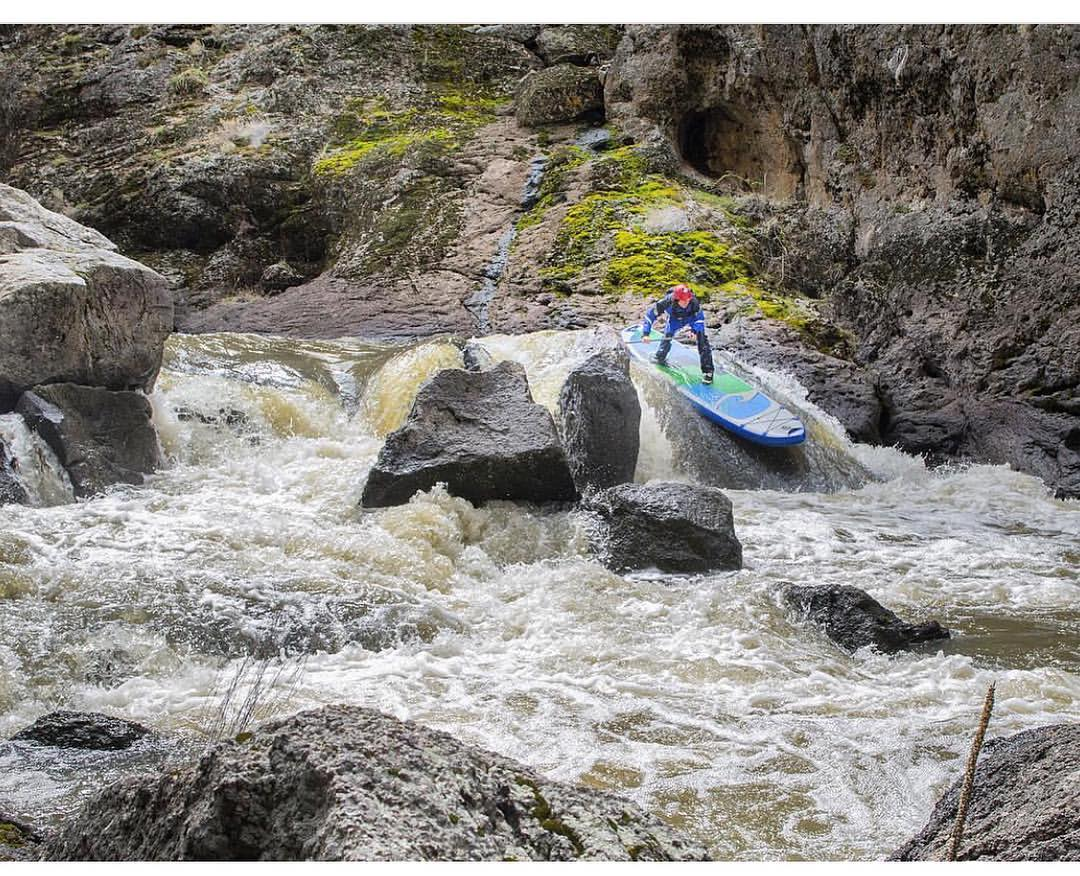 @torreypiatt drops into Pipeline Rapid on the first successful SUP supported descent of the Upper and Middle Owyhee River. Look for Paul Clark's article in the July issue of @americanwhitewater
