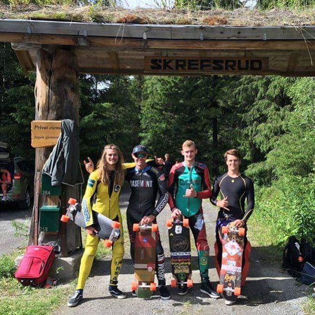 A beautiful mix of Loaded and Orangatang Ambassadors at Lillehammer.  Congratulations to #LoadedAmbassador  @mauritz_arm for snagging 3rd place and solidifying himself in the dreams of of children for years to come!  #LoadedBoards #CarbonTesseract...