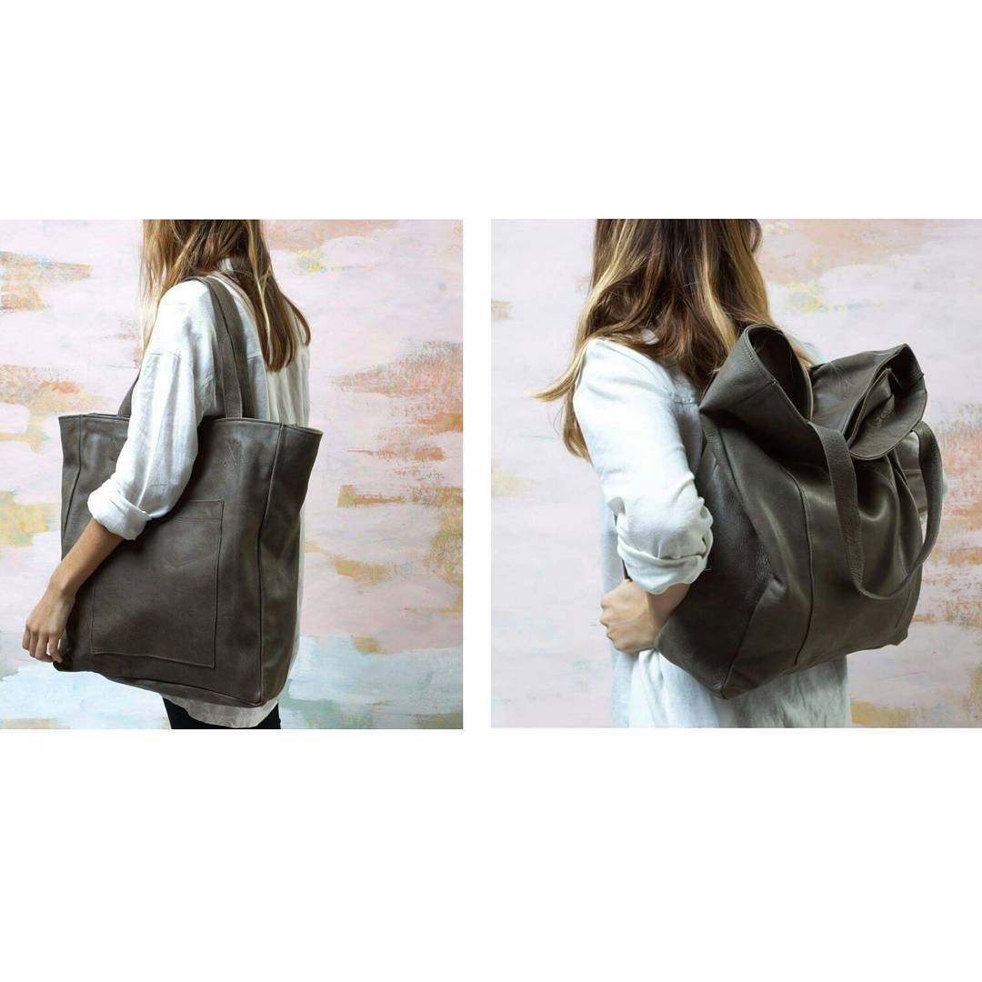 Presentamos el bolso / mochila Níspero. Disponible en natural y gris. 100% cuero natural.  Introducing Níspero backpack / bag. Available in nude and grey. 100% natural leather.  Shop at www.mambomambo.com.ar
