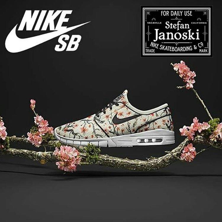 ULtiMoS talles #janoskimax en Av Sta Fe 3679 casi esq. Scalabrini #nikesbjanoskimax #nikejanoskimax #nikeairmax #sneakerheadarg #sneakersfreakers