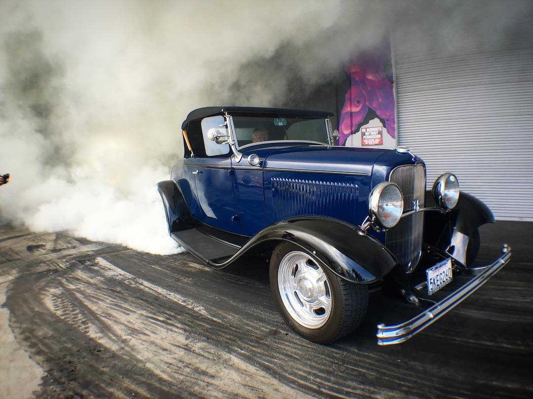 Always stoked to have our guys from @currieenterprises stop by, especially when it involves killing tires in legendary hot rods like their '32 Ford Roadster with a supercharged 407ci small block Chevy sprint car motor! #DonutGarage #Hoonigan