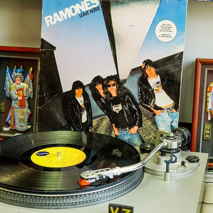 @laird_myers came though the office and slapped some solid gives and spun some vinyl. Here's his #TurntableTuesday pick! #TheRamones! - #VonZipper #SupportWildLife