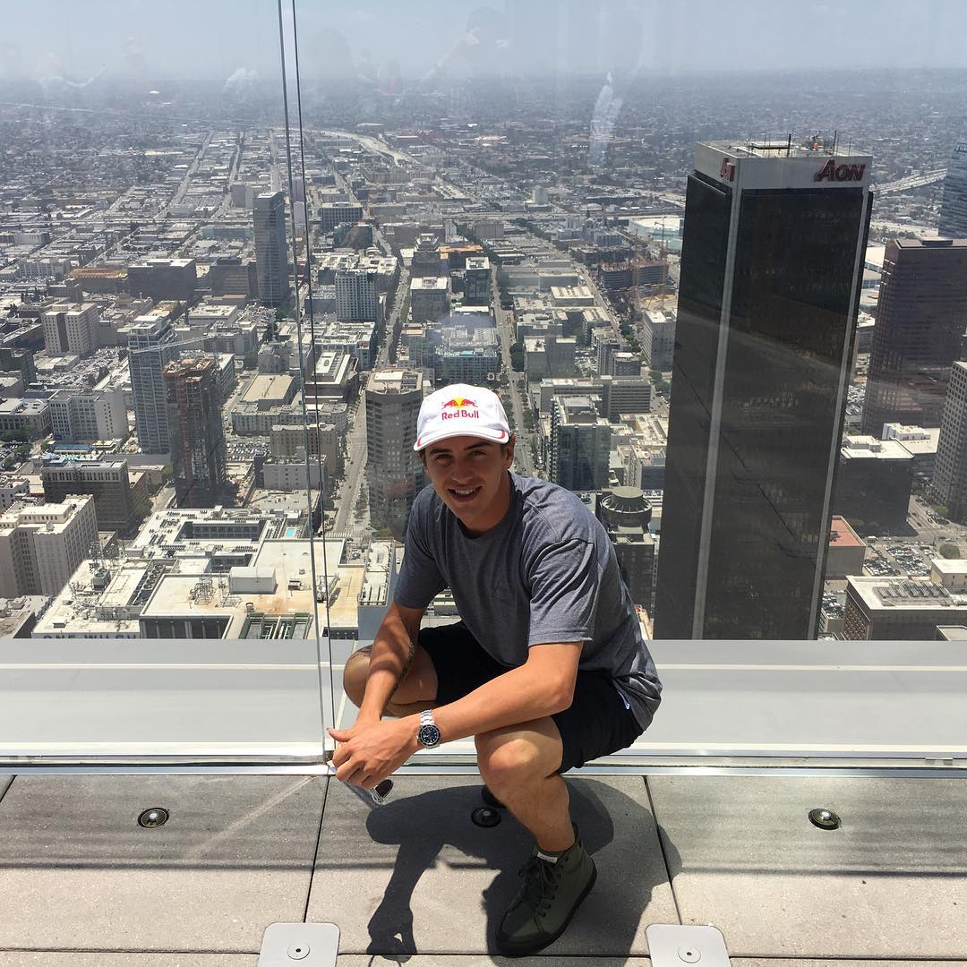 We're kickin' it with six-time ❌ Games gold medalist @MarkMcMorris 70 stories above └A at @SkySpaceLA!
