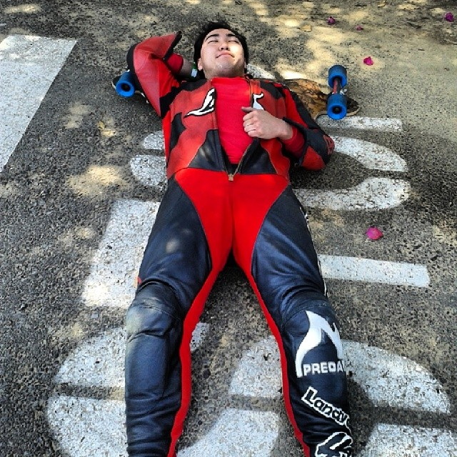 This is what it takes to get a pro-model helmet and make the finals at Catalina after not skating all winter. The 2014 Catalina Island Classic is happening next weekend,  can Zen do it again?  @zenshikaze #DH6 #catalina #naptime