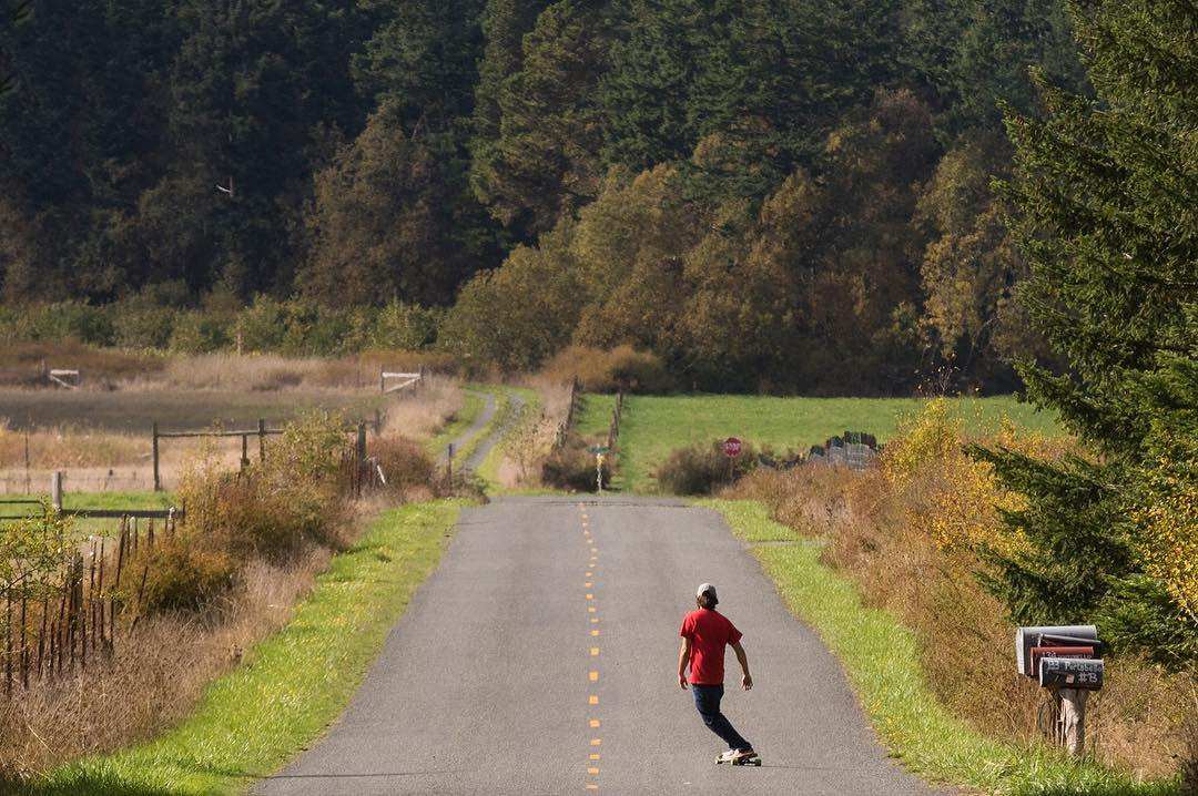 @equalmotion out for a cruise through the Pacific Northwest on the CoreFlex Compound. #dblongboards #dbcompound #pnw #pnwonderland #longboard #longboarding