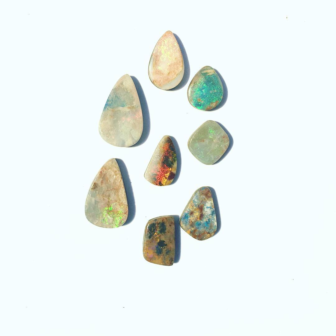 Bringing the light into the studio today with some fresh and wild Boulder Opals.  #wildernessculture #wild #wildthang #wildthing #opals #boulderopal #australia #crystalgypsy #gypsy #juliaszendrei  This weekend I'll bring the whole lot of beautiful Opal...