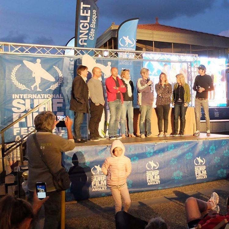 """Una gran alegría haber recibido ayer en el International Surf Film Festival d'Anglet el premio a Mejor Fotografía con PENINSULA MITRE. Y este fue el comentario del jurado Bruno Ledoux: """"un voyage incroyable, une aventure humaine, une expédition qui..."""