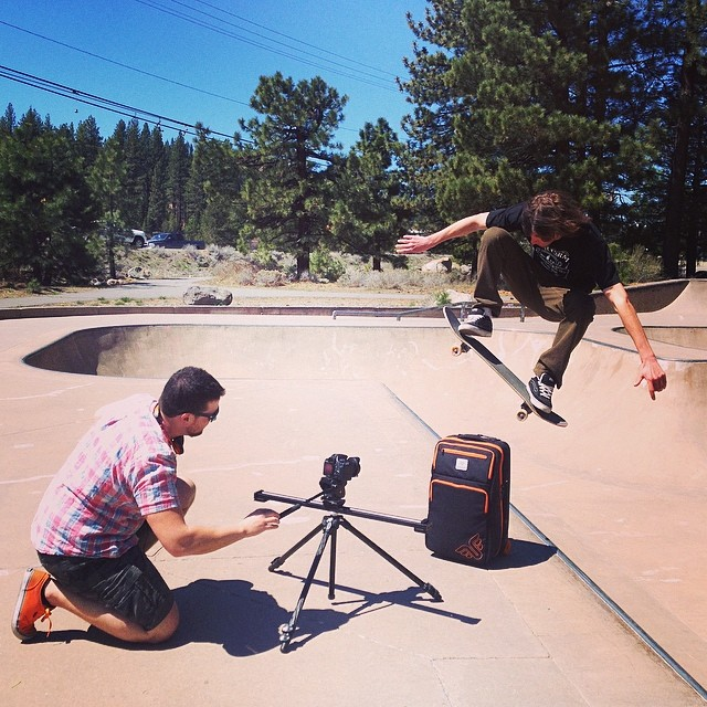 Promo shoot for the Traveler Skate Luggage #skatestyle #ollie @evolutionofstan @moofosta #truckeeskatepark