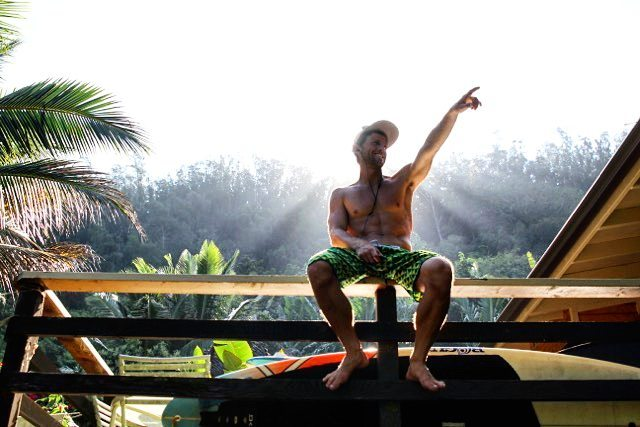 """Which way to Molokai @joshriccio?!? ... """"thata way!"""" Wishing you a safe and successful 27 mile paddle tomorrow in the annual @maui2molokai.  #playhardpaddleharder #FreeFromAll #sup #m2m #downwind #downwinder #suprace #bumps"""