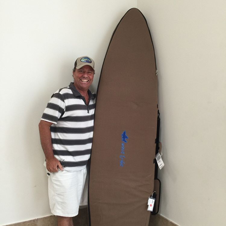 Stoked #wavetribe customer with his #surfboardbag returning from #surfing #surftrip to #mexico.