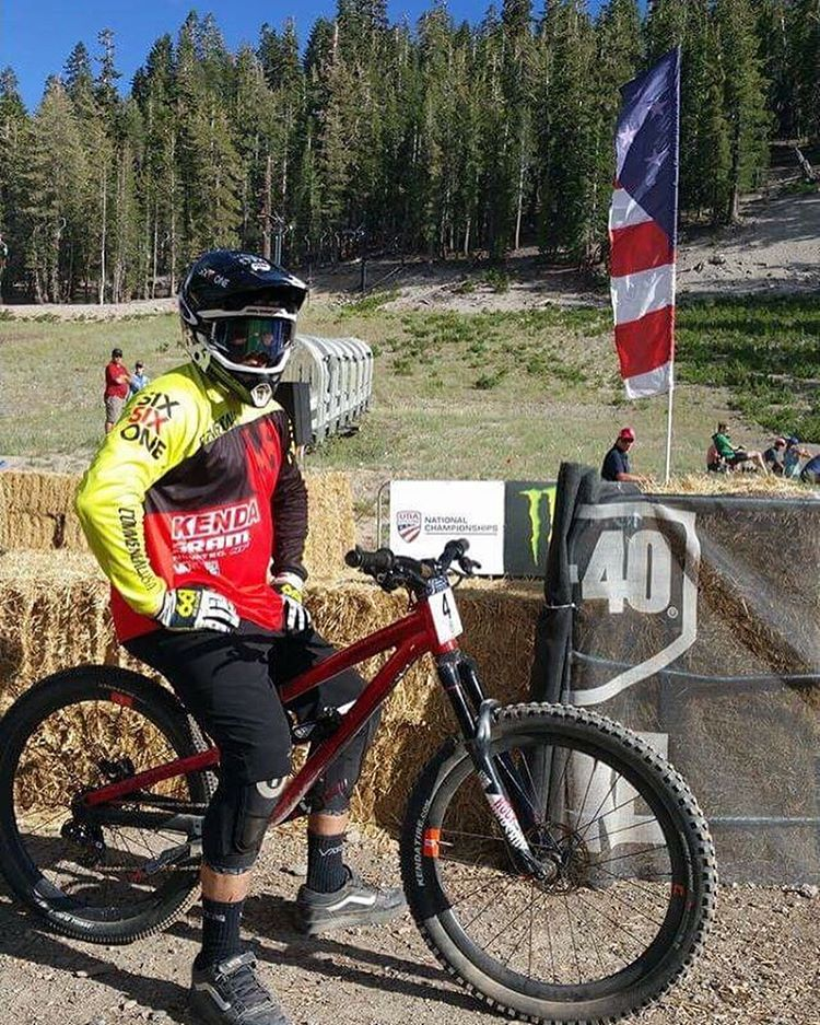 Yeeooww! Some fast SixSixOne jerseys on track at US Nationals dual slalom. Congrats to @kylestrait taking the second spot finish & Shout out to @bubba_warren who made it to the 1/4 final looking pinned  #661Protection #SixSixOne...