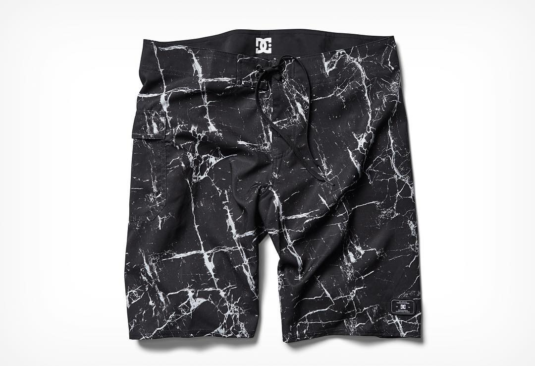 Summer is here in the Northern Hemisphere. Get a pair of the Wellscray boardshorts and hit the water. dcshoes.com/shopsurf. @dc_surfing #dcshoes #dcsurf