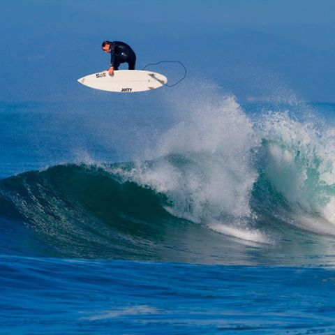 Daniel Hartt flying high in the central coast #surfing #surfboards #wavetribe