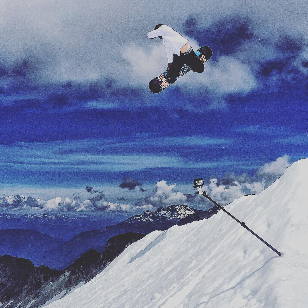 A camper blasts a method on the spine at @campofchampions. There is no better place to push your skills than summer snowboard camp! Photo: @theprostandard ===================== #campofchampions #avalon7 #liveactivated #snowboarding