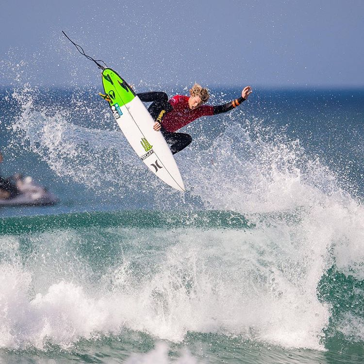#JJF rocks it at #JBay! Bringing him to number 2 in the world! Congrats @john_john_florence! #SEEHAPPY