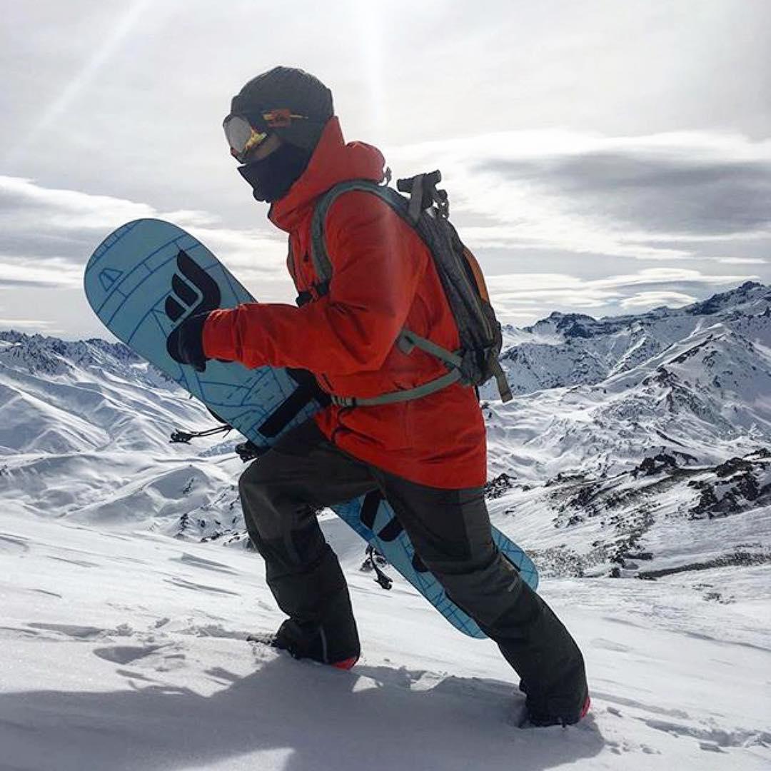 @natalurdi #argentina #quikfreeridetour16 #snowboarding #thrivesnowboards #relentless