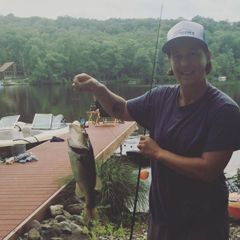 It's the luck of the hat! Nice bass Cathy! #getoutside #nj #fishing #xplorewild #graniterocx #outdoorsrocx