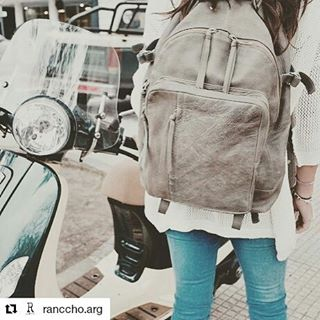 #Repost @ranccho.arg with @repostapp ・・・ Sabado☀️ out with my @mambobackpacks  denim & sweater by @ranccho.arg  #rancchostyle