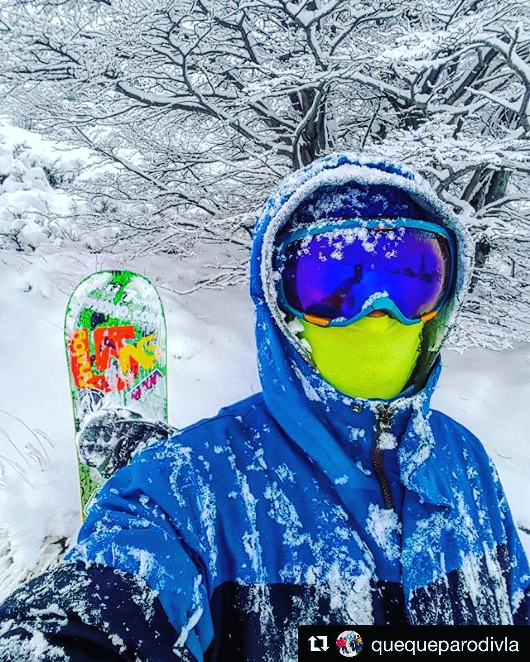 Gran fin de semana con mucha nieve en La Hoya! ❄️