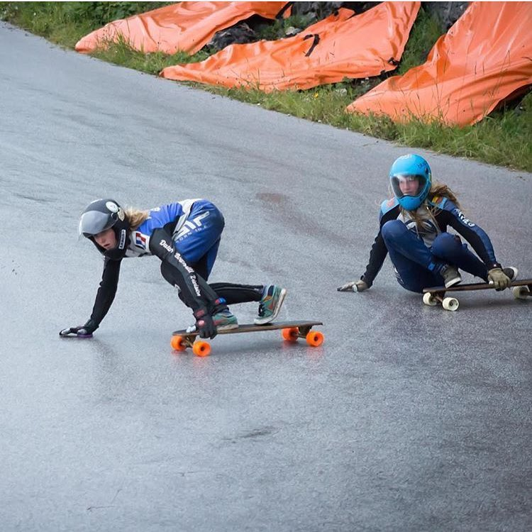 LGC Dutch riders @a7x_liesje & @jazzyskate racing @idfracing's Almabtrieb in Austria these past days. Now off to Kozakov!
