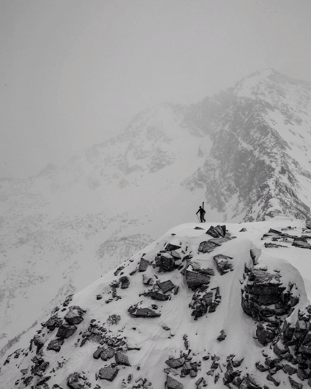 Baggin Peaks Since '05  #flylowgear | #embracethestorm  P. @acpictures