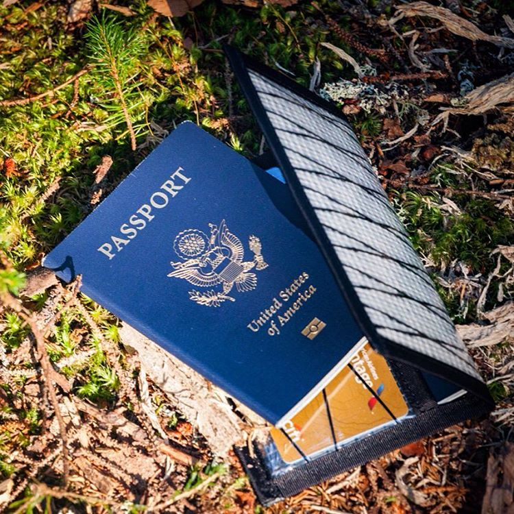 Ready to jet? The #Flowfold Navigator wallet keeps your passport and travel stubs safely in pocket. This wallet is super thin, feels weightless, and floats even when filled with cash and cards. Made in USA with a lifetime warranty, you can find it in...