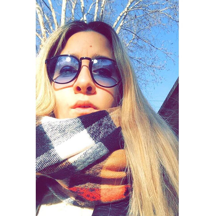 Cold ❄️❄️❄️ #winter #cold #poncho #sunnies #blonde #apple #iphone