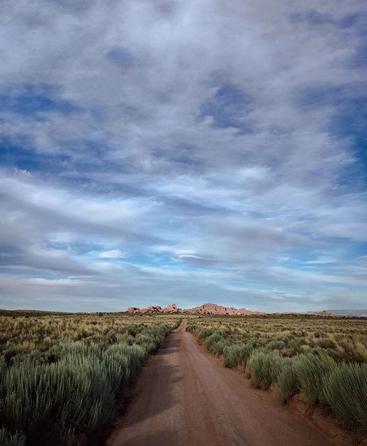 @iloveutah getting away from the crowds on the dirt roads of @archesnps