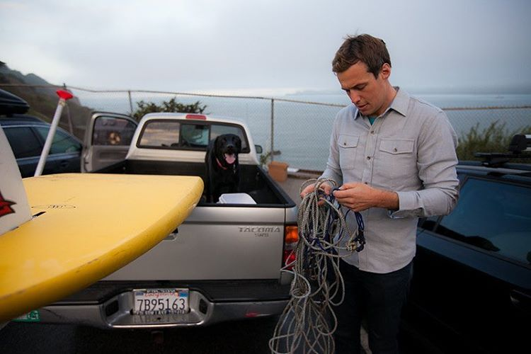Untangling all of life's problems in Dove Grey. Getting ready to paddle out and drop some crab pots.  #
